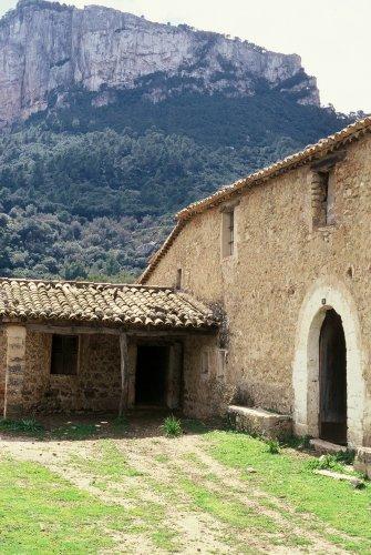 outside traditional Mallorcan house